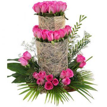 Tunefull Arrangement of Roses