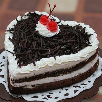 Heartshaped Blackforest Cake