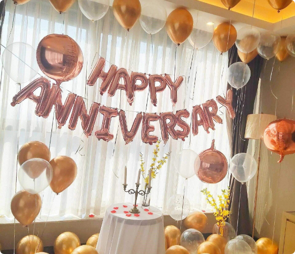 Anniversary Decor